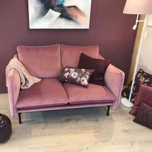 Wunderschöne Sofas in Trendfarben
